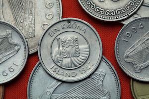 Närbild på isländska mynt