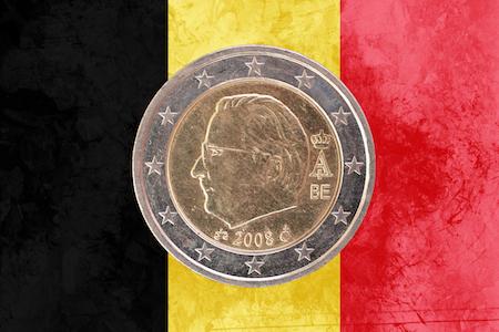 Belgiskt 2-euromynt med Kung Albert II som motiv