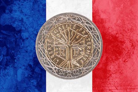 Franskt 2-euromynt med det symboliska trädet som motiv