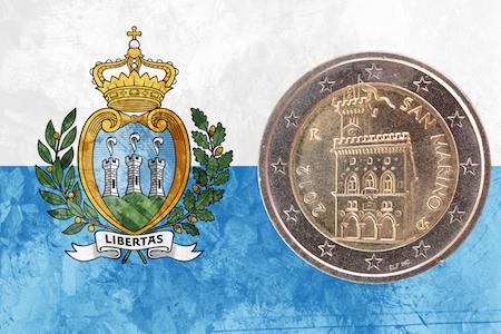 Sanmarinskt 2-euromynt med San Marinos regeringsbyggnad som motiv