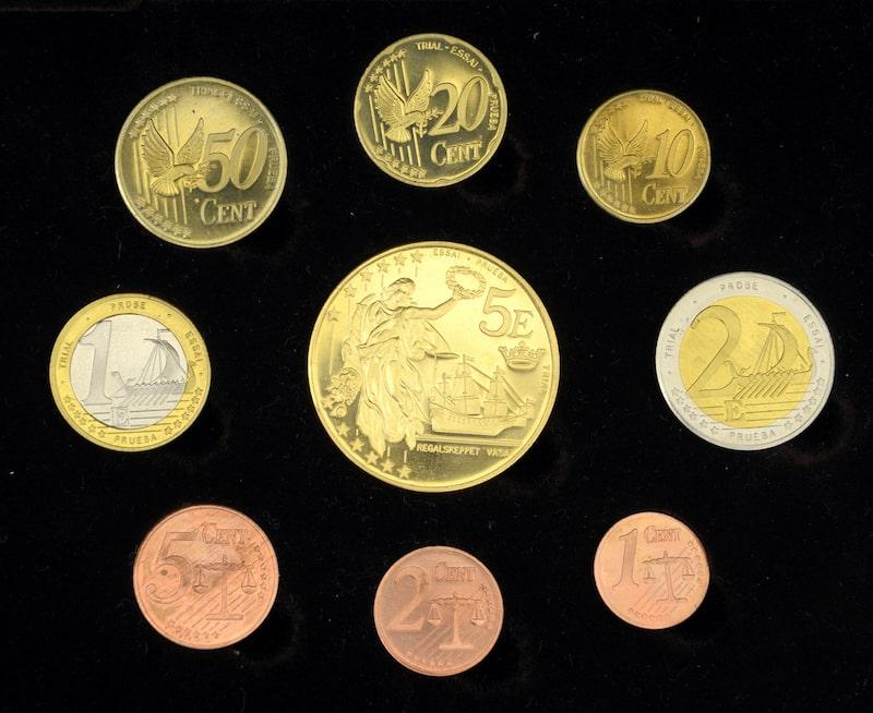 Sida 2 av de svenska euromynten (provmynt)